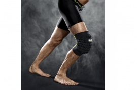 6205 knee support with large pad